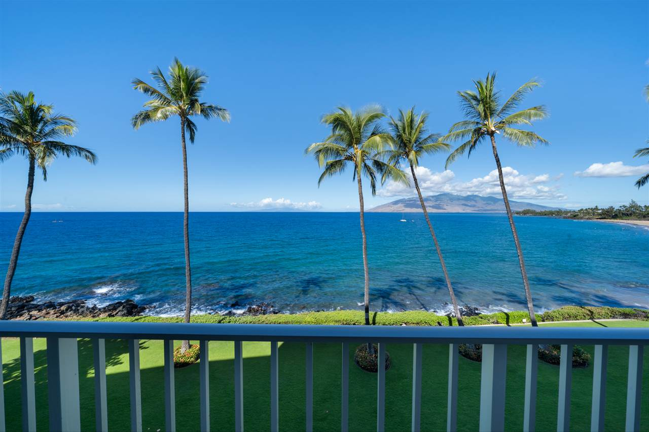 180° Ocean views from your Lanai